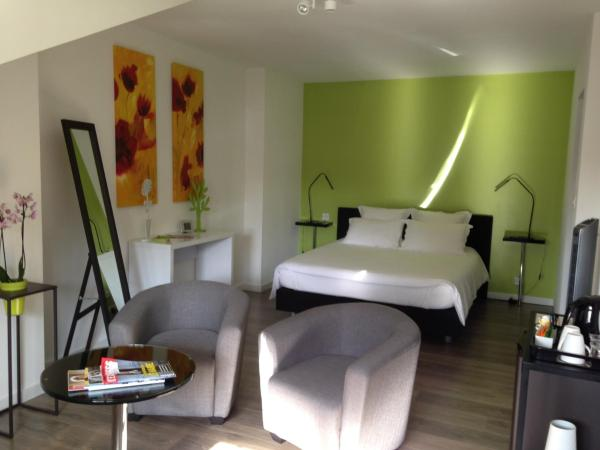Hotel Pictures: Les Chambres Lauryvan, Saint-Junien