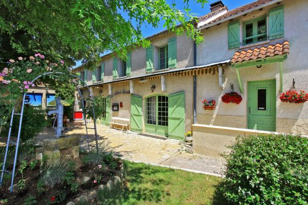 Hotel Pictures: Le Clos Grand, Pradines