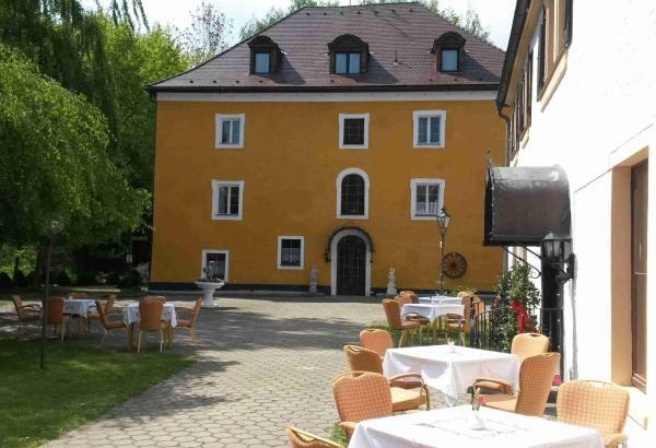 Hotelbilleder: Hotel Schloss Fuchsmühl, Fuchsmühl