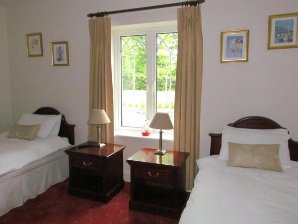 Standard Twin Room with Garden View
