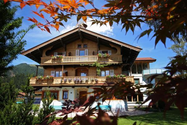 Hotellikuvia: Landhaus Alpengruss, Kössen