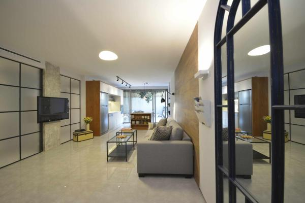 Three-Bedroom Apartment - Ha-Nevi'im 4