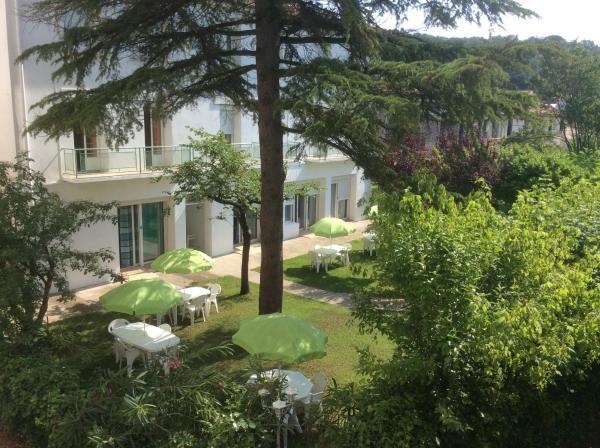 Hotel Pictures: , Lamalou-les-Bains