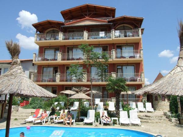 Фотографии отеля: Tropicana Hotel, Равда