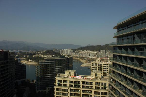 Hotel Pictures: Qiandaohu Bandao Shiguang Apartment (Lvcheng dujia apartment No.6 Building), Thousand Island Lake