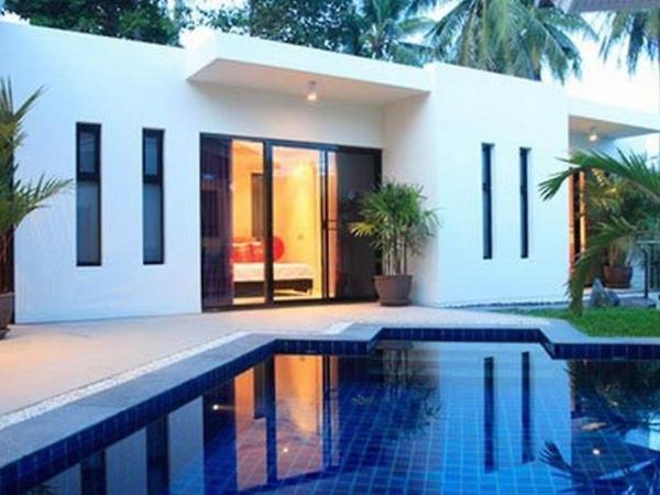 Three-Bedroom Villa with Garden View