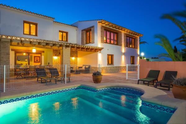 Hotel Pictures: Abahana Villa Palmeras, Benissa