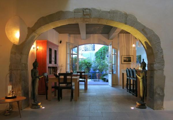 Foto Hotel: La Maison Sur La Sorgue - Esprit de France, L'Isle-sur-la-Sorgue