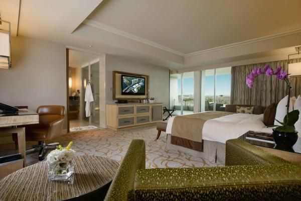 Grand Club King Room