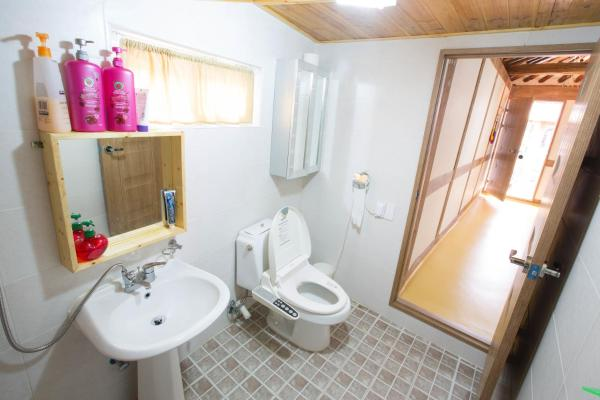 Korean-Style Budget Double Room