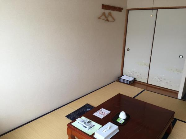 Japanese-Style Standard Room with Shared Bathroom - Smoking