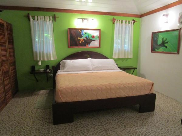 Hotel Pictures: Toucan Stay Inn, Punta Uva