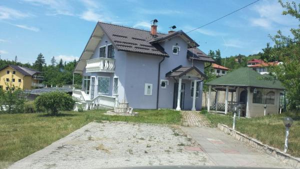 Foto Hotel: Kuća U Bojniku - Sarajevo, Stup