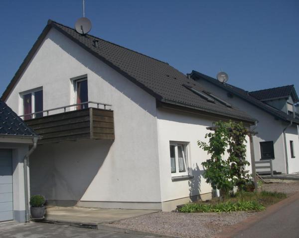 Hotel Pictures: Ferienwohnung Sonnenhang, Wiltingen
