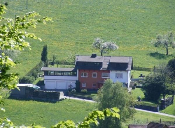 Hotel Pictures: Ferienwohnung Lenz, Beerfelden