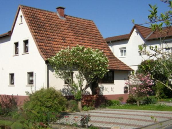 Hotel Pictures: Ferienwohnung Kramer, Erbach
