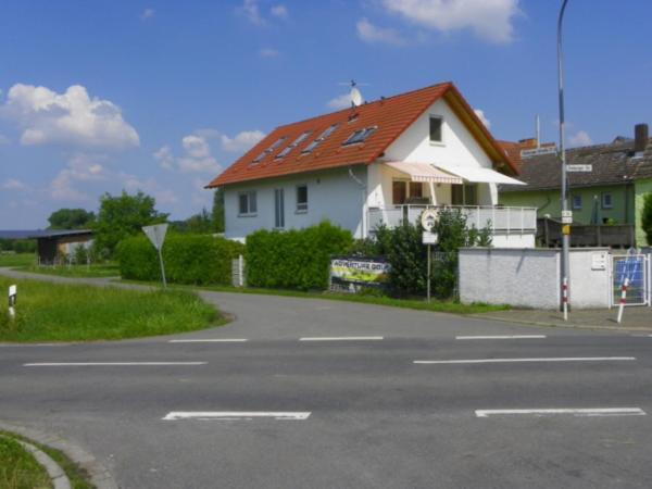 Hotel Pictures: Ferienwohnung Familie Mazzeo, Groß-Umstadt