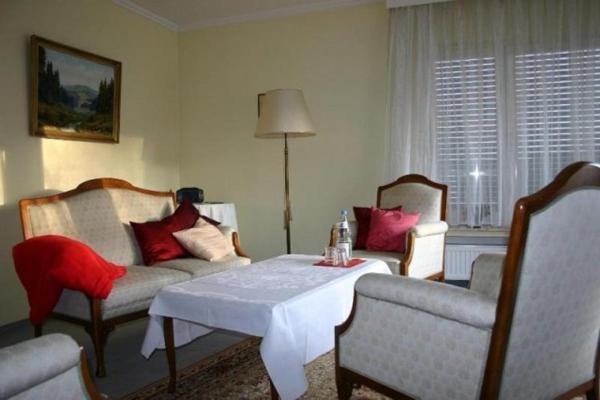 Hotel Pictures: Ferienwohnung Talblick, Vielbrunn