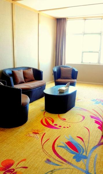 Mainland Chinese Citizens - Deluxe Suite with Sea View