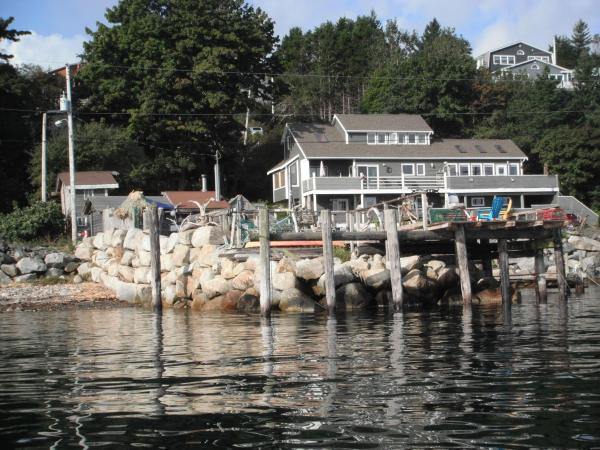 Hotel Pictures: SeaWatch Bed & Breakfast, Halifax