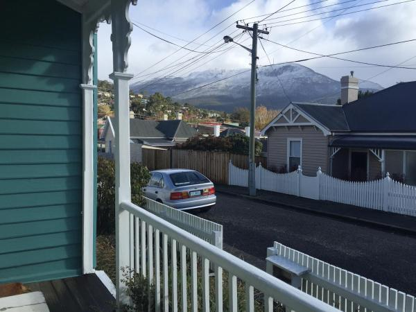 Foto Hotel: Cosy Retro Cottage Hobart, Hobart