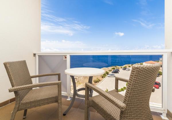 Hotel Pictures: Globales Almirante Farragut, Cala en Blanes