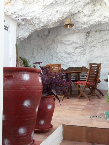 Hotel Pictures: La Cueva Soleá, Algodonales