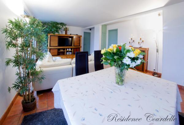 Hotel Pictures: Résidence Courcelle, Levallois-Perret