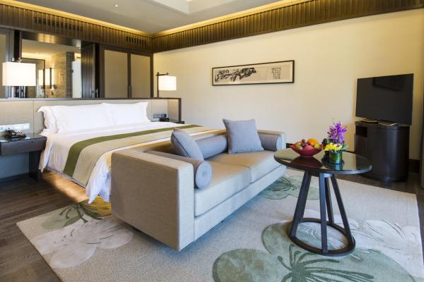 Premier Double Room with Garden View