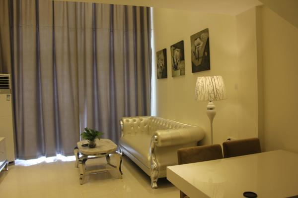 Business Duplex Apartment with twin bed