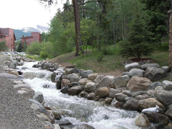 Hotel Pictures: Breckenridge Resort by Rocky Mountain Resort Management, Breckenridge