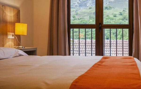 Hotel Pictures: , Arenas de Cabrales