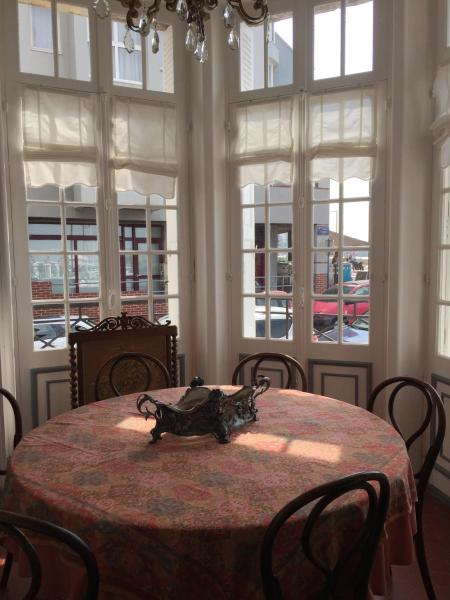 Hotel Pictures: Appartement la Sirène, Mers-les-Bains
