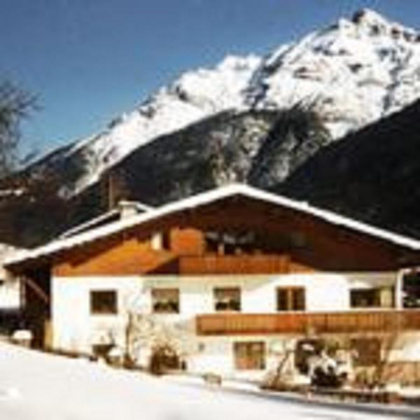 Hotellikuvia: Ferienhaus Hoferwirt, Neustift im Stubaital