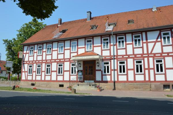 Hotel Pictures: Landgasthaus Linde, Großenlüder
