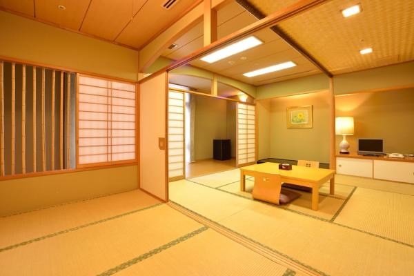 Japanese-Style Room (4 Adults)