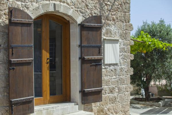 Hotel Pictures: Mesogi Stone Cottage, Paphos City