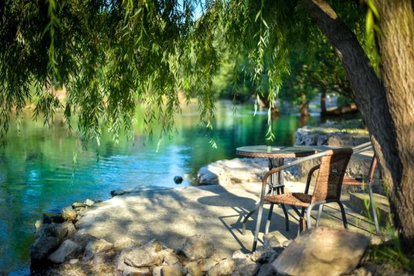 Hotelbilleder: Holiday Home Fig Country, Blagaj