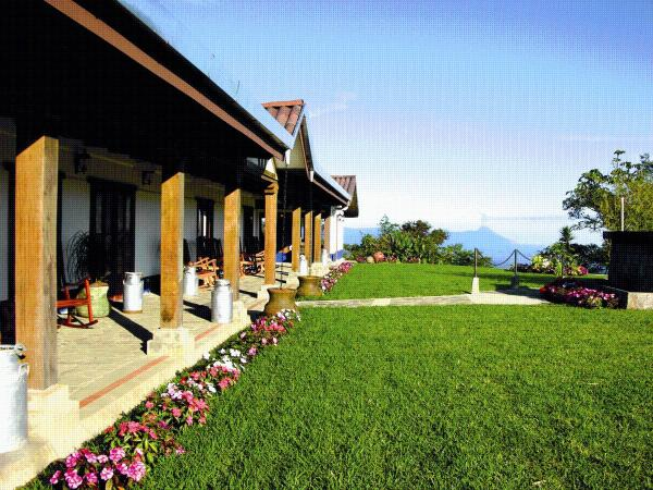 Hotel Pictures: Villa Blanca Cloud Forest Hotel & Nature Reserve, San Ramón