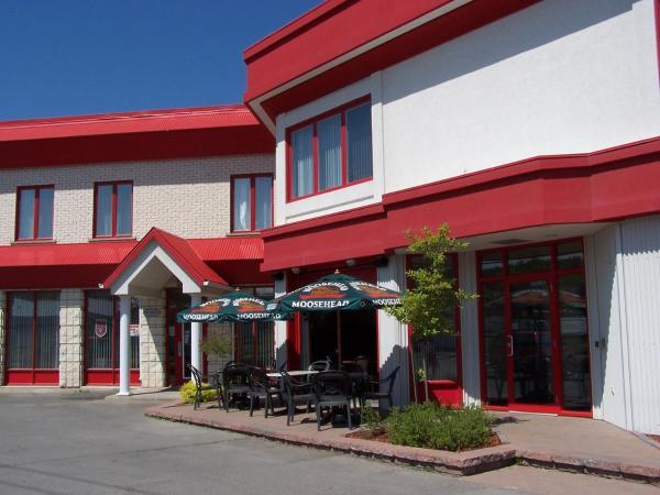 Hotel Pictures: Auberge l'Ambassadeur, Amqui