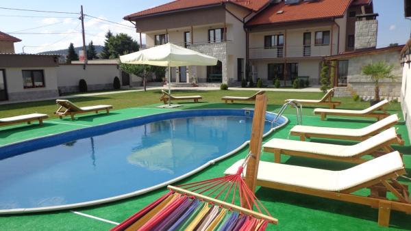 ホテル写真: Sveti Nikola Villas near Borovets, Shiroki Dol