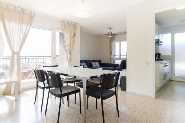 Hotel Pictures: Pubone Sabadell, Sabadell