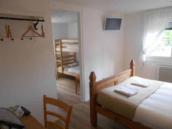 Hotel Pictures: , Le Neufbourg