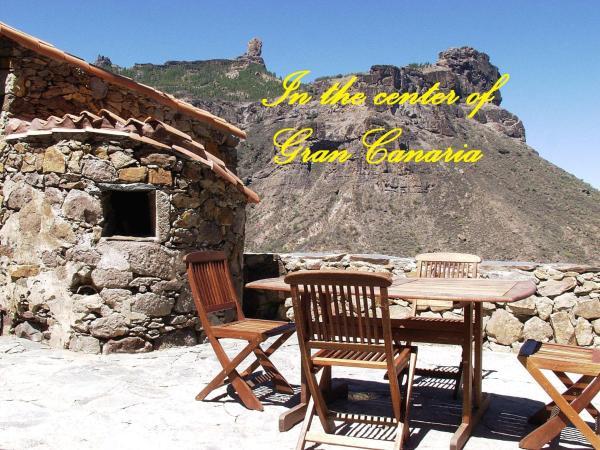 Hotel Pictures: Casa Rural Pepita La De Las Flores, Tejeda