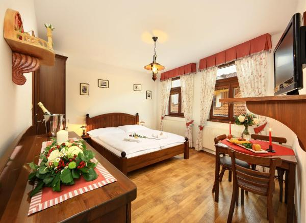 Hotel Pictures: Penzion Pohádka, Třeboň