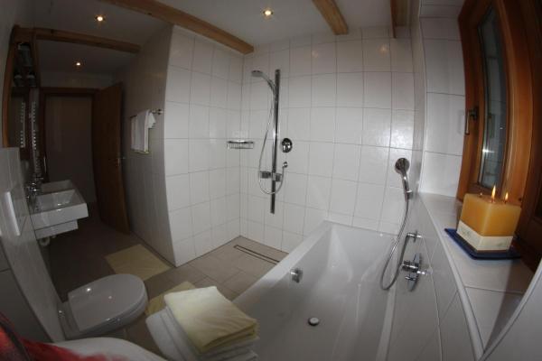 ホテル写真: Appartement Wasserfallstrasse, Hart im Zillertal