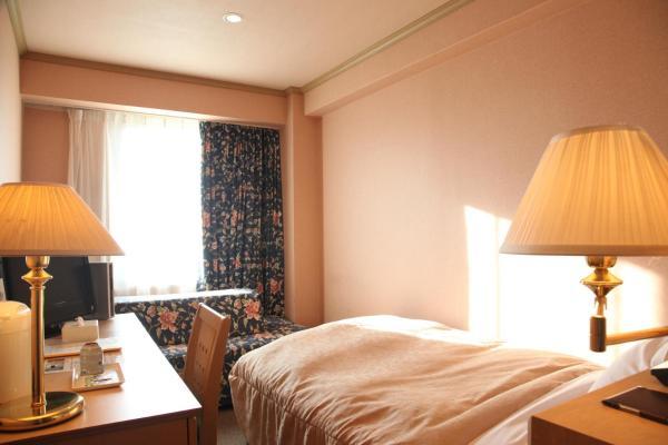 Economy Single Room with Sofa Bed - Smoking