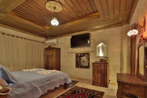 Superior Triple Room with Turkish Bath