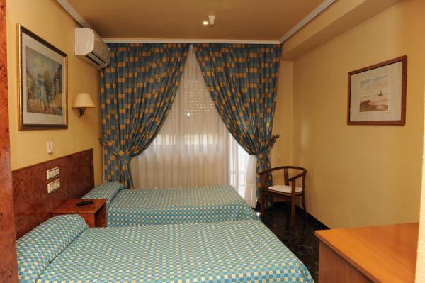 Hotel Pictures: Hostal Venecia, Azagra