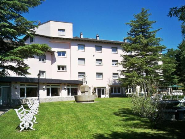 Hotel Pictures: Hotel La Pardina, Sabiñánigo
